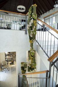 Escaleras de edificio de oficinas