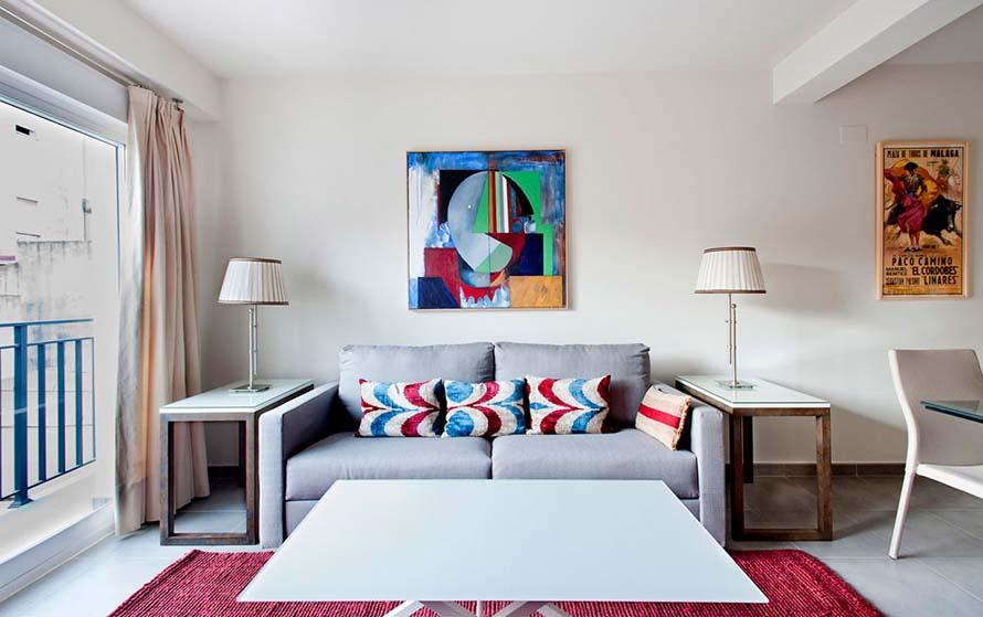 Sala de estar de un apartamento turístico construido por Estudio Honorio Aguilar