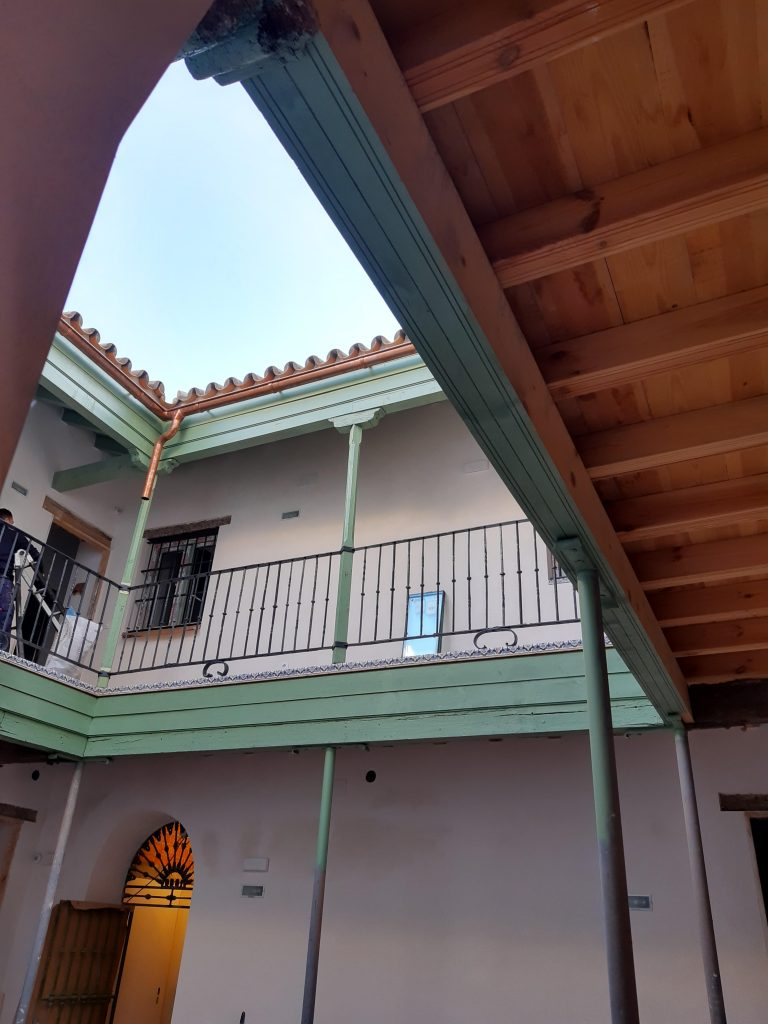 Fotos edificio rehabilitado en San Lorenzo